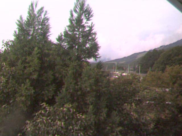 北アルプス白馬連山、白馬乗鞍温泉・栂池高原スキー場のライブカメラ